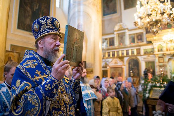 Митрополит Анастасий: Покров Пресвятой Богородицы – престольный праздник нашего города