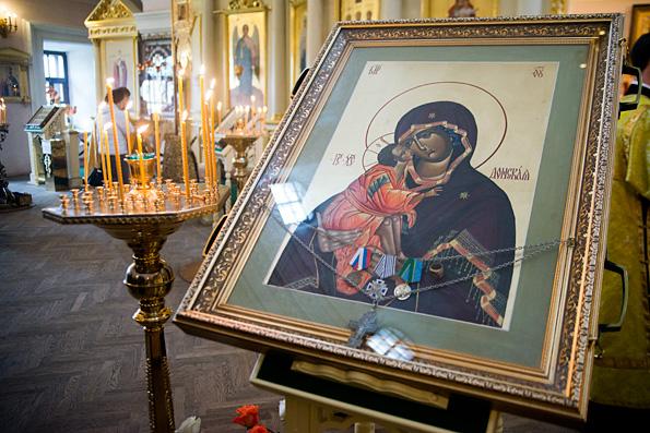 Участники Рождественских чтений помолились перед Донской иконой Божией Матери