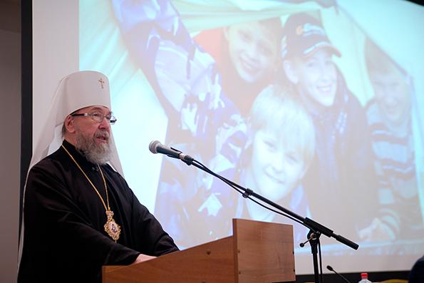 Митрополит Анастасий: наша задача – воспитать здоровое поколение