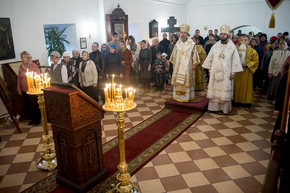 В Кизическом монастыре состоялось архиерейское богослужение
