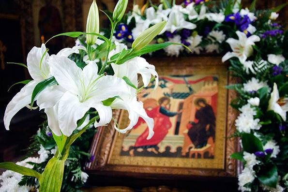 Красота Божьего мира в храмовой флористике