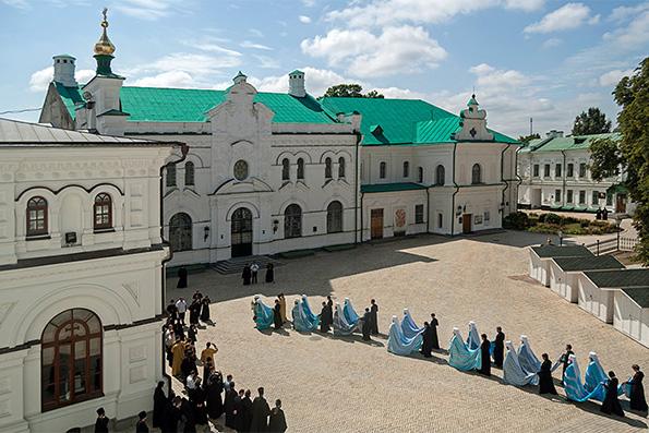 В Киеве выбирают нового главу Украинской Православной Церкви