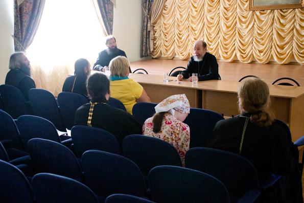 В епархиальном управлении прошла встреча по вопросам социального служения