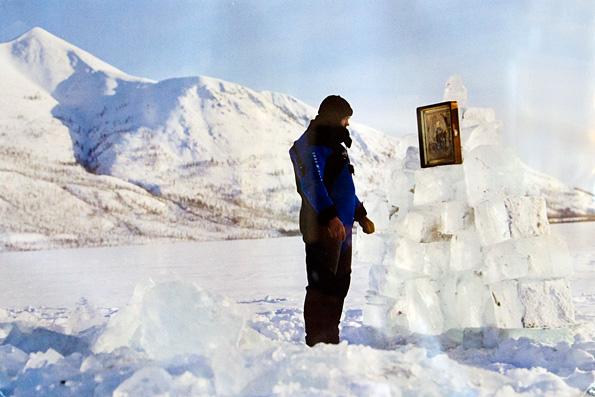 Казанский образ Божией Матери сопровождал экспедицию дайверов на Полюс Холода