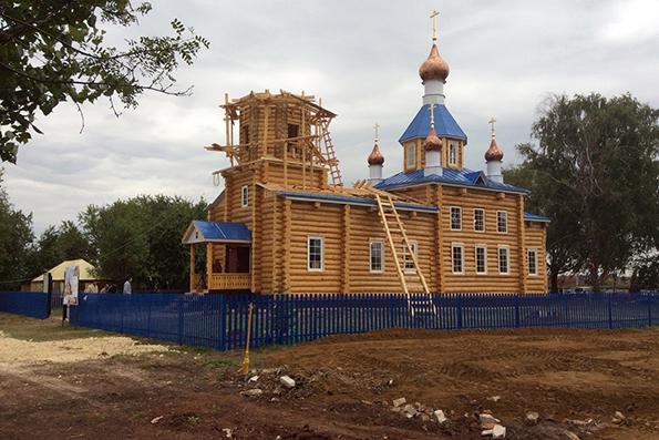 В селе Крещеные Казыли освящен восстановленный после поджога храм