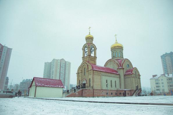 В день памяти священномученика Кирилла Казанского митрополит Феофан возглавил престольные торжества на архиерейском подворье в столице республики