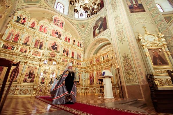 Митрополит Феофан возглавил богослужение в храме иконы Божией Матери «Всех скорбящих Радость» Свияжской обители
