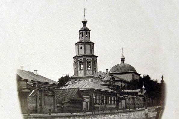 Картинки по запросу духосошественский храм казани старое