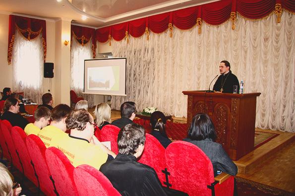 Молодежь Татарстанской митрополии приняла участие в Сретенской конференции