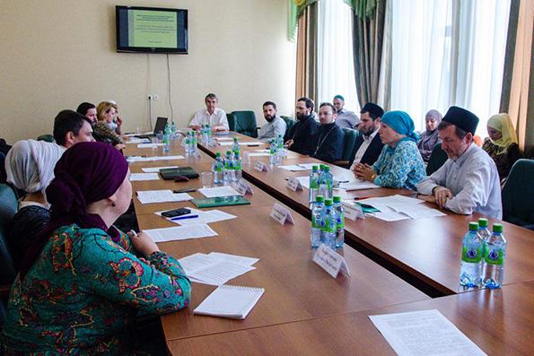 В Казани состоялся круглый стол «Актуальные проблемы современного религиозного образования и пути его совершенствования»