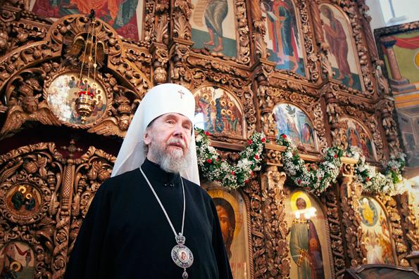 В день Вознесения Господня митрополит Анастасий совершил всенощное бдение в архиерейском подворье Набережных Челнов