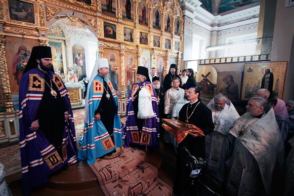 Митрополит Анастасий представил верующим Чистопольской епархии епископа Пармена