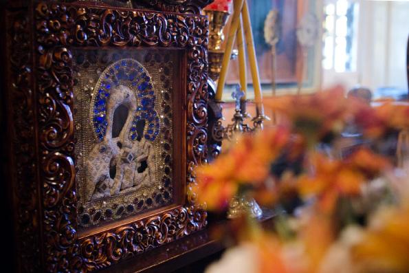 Спасительница Казани: Седмиезерная икона Божией Матери