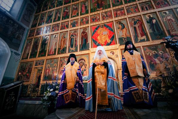 Митрополит Феофан возглавил молебное пение в Благовещенском соборе