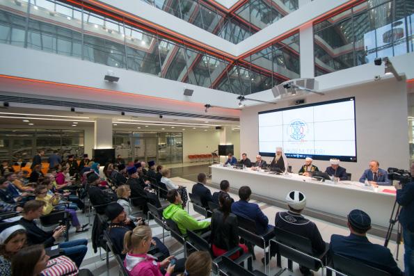 В Казани открылся Международный форум православной молодежи