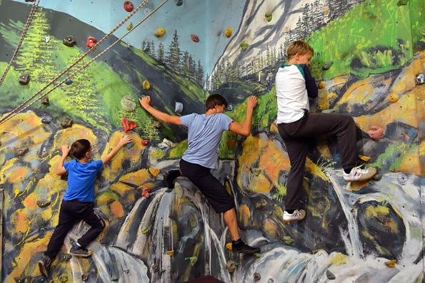 В Набережночелнинском клубе юных спасателей «Спас» проходят занятия четвертого учебного года