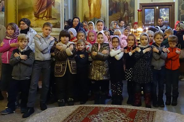 В Покровском храме города Казани состоялась Литургия для детей