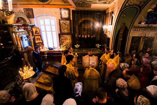 В Казани почтили память святителя Гурия Казанского