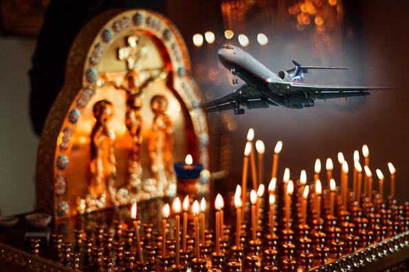 В храмах Татарстанской митрополии молятся об упокоении погибших в результате крушения самолета Ту-154 Минобороны России