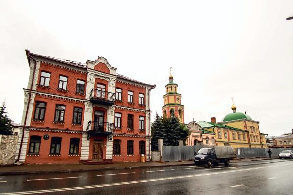 Депутаты Казгордумы посетили православную гимназию