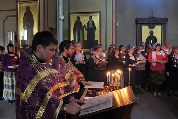 В казанском храме возрождают традицию празднования особого Дня православного глухого