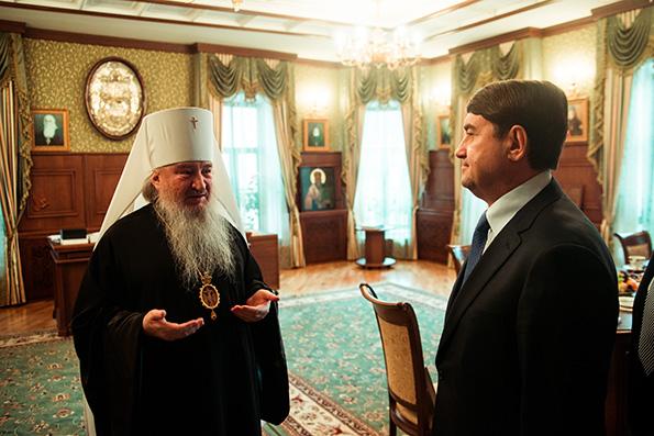 О взаимодействии Церкви и государства в Татарстане рассказал владыка Феофан в ходе встречи с помощником Президента РФ