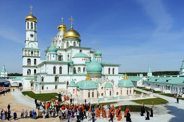 Патриарх Кирилл освятил возрожденный собор Новоиерусалимского монастыря