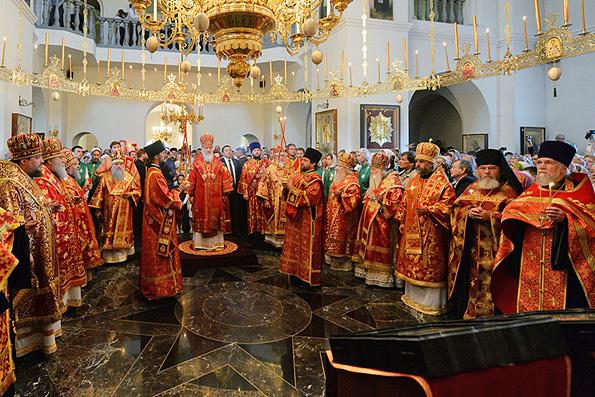 Патриарх Кирилл совершил всенощное бдение в Успенском Георгиевском монастыре в Башкирии