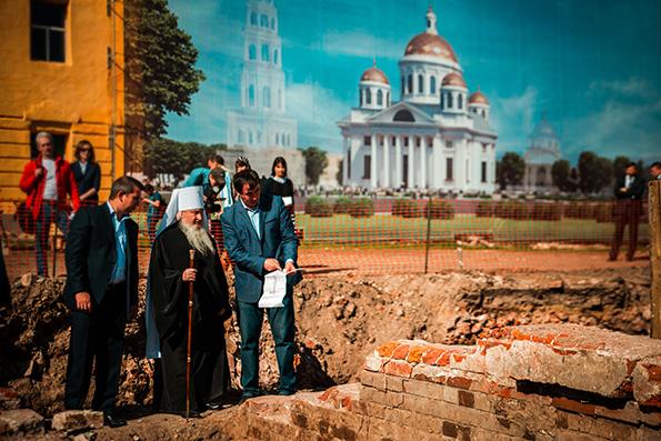 Митрополит Феофан: Настало время, когда мы возрождаем собор Казанской иконы Божией Матери