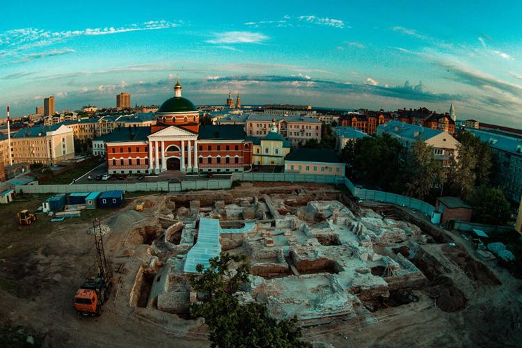 Фундамент разрушенного собора Казанской иконы Божией Матери
