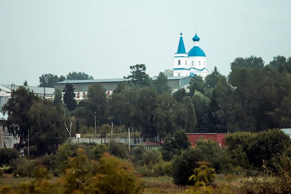 В Неделю 5-ю по Пятидесятнице глава Татарстанской митрополии освятил храм в честь Владимирской иконы Богородицы в селе Шумбут