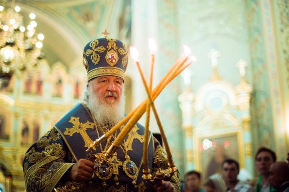 Предстоятель Русской Церкви совершил вечернее богослужение в Свияжском монастыре