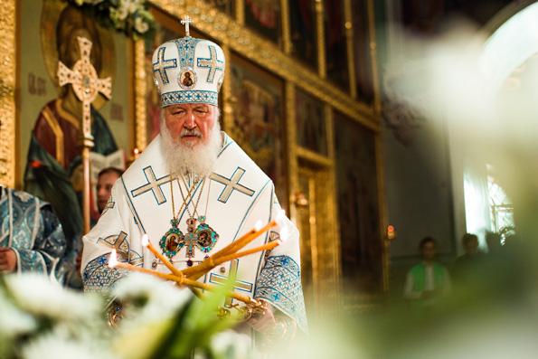 В праздник Казанской иконы Божией Матери Патриарх Кирилл совершил Литургию в Благовещенском соборе Казанского кремля