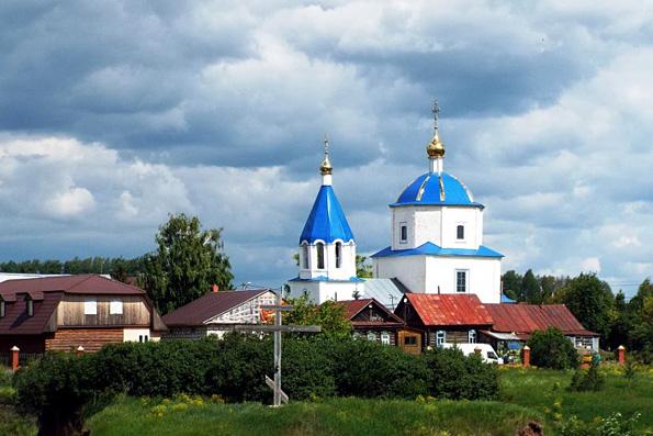 Храму Смоленской иконы Божией Матери в селе Аркатово — 270 лет