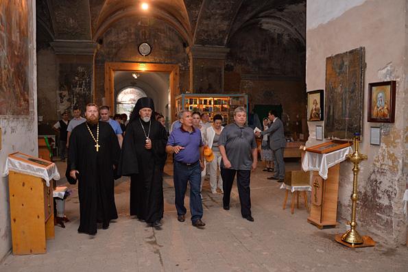 Рустам Минниханов пообещал помочь с реставрацией Спасского собора Елабуги
