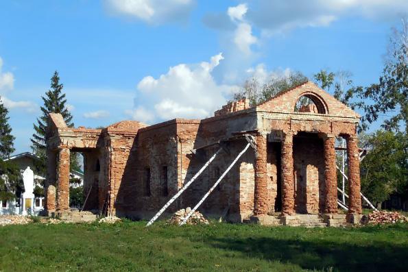 Храм великомученика Димитрия Солунского, село Шешминская Крепость