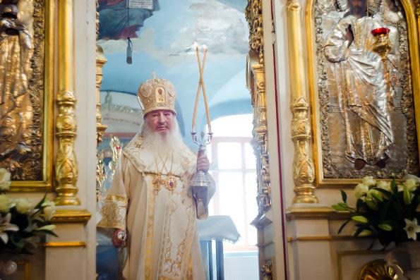 В праздник Преображения Господня митрополит Феофан возглавил престольный праздник в селе Большие Кабаны