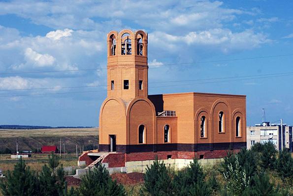 Храм Трех вселенских святителей, село Ижевка