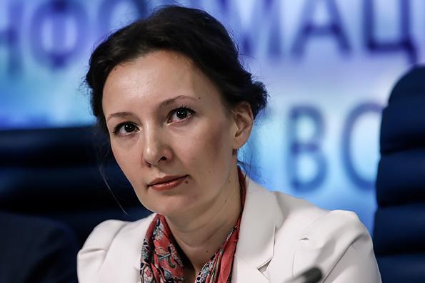 Путин подписал отставку Астахова