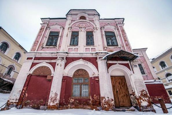 Власти Татарстана вернули Казанской епархии сооружение Николо-Гостинодворской церкви