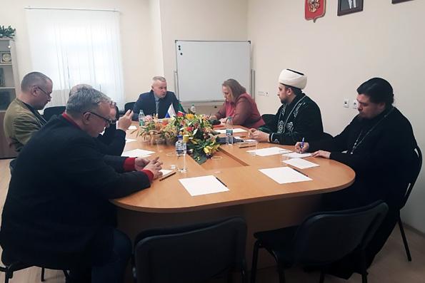 В Общественной палате состоялось заседание Комиссии по межэтническим и межконфессиональным отношениям
