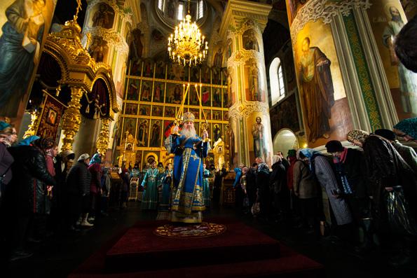 В праздник Благовещения митрополит Феофан совершил Литургию в Благовещенском соборе Казанского кремля