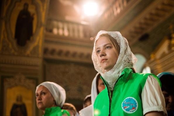 Молодежный отдел Казанской епархии объявляет набор добровольцев для помощи паломникам в день празднования Казанской иконе Богородицы